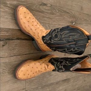 Custom Justin Ostrich Boots, Perfect Condition.
